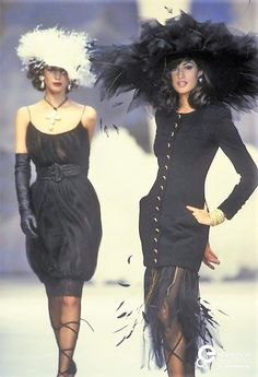 Yasmeen Ghauri & Christy Turlington @ Chanel Couture | Spring/Summer 1992
