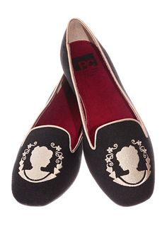 Victorian Cameo Smoking Slipper Flats - paint on your own