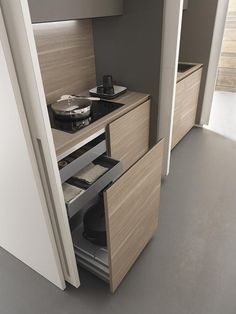 Cookers and drawers of Wardrobe Kitchen #details #design