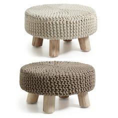 Puffer modell STORM.  www.mirame.no #puffer #puff #mirame #stol #krakk #nettbutikk #norsk #norge #oslo #farger #strikket #design #interior #interiørinspirasjon #interiør #butikkpånett #storm