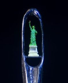 Dalton Ghetti Pencil tip Micro Sculptures
