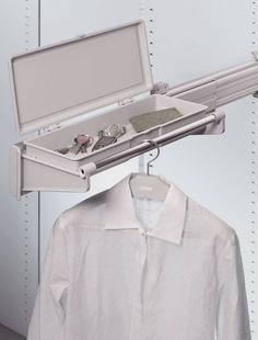 C'è una soluzione per ogni spazio, porta camice, porta giacche, tubo telescopico, cassettiere interne, cassetti estraibili, tubo appendiabiti ,porta scarpe e stivali ....tutto su  http://www.idea-piu.com/store/1/attrezzatura-interne-per-armadi-e-cabine-885