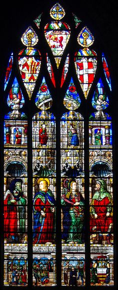 Renaissance Stained Glass Window in La Cathédrale Sainte Marie, Auch, Midi-Pyrenees, France