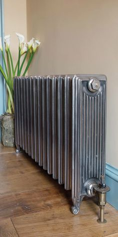 The Churchill #CastIron #radiator - bold and beautiful, with an enormous heat output! Perfect for large rooms