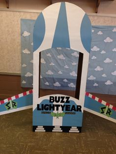 Buzz light year space ship photo prop