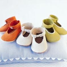 Cute felt baby shoes