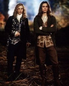 This image is from Interview with the Vampire: The Vampire Chronicles and features Brad Pitt as Louis de Pointe du Lac and Tom Cruise as Lestat de Lioncourt Victorian Vampire Costume, Vampire Costumes, Halloween Costumes, Brad Pitt, Tom Cruise, Lestat And Louis, Mayfair, The Vampire Chronicles, Vampire Stories