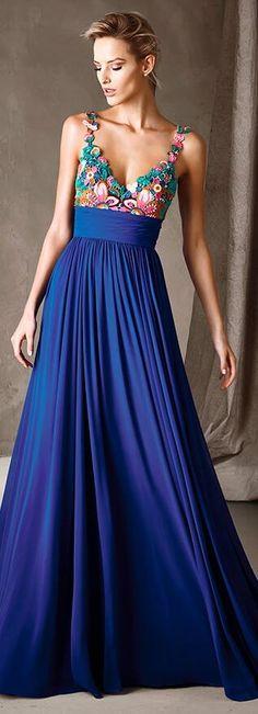 Cómo elegir el vestido de fiesta perfecto según tu tipo de silueta - El Cómo de las Cosas