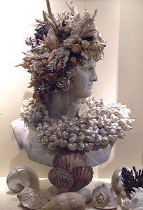 Sea Shell Decorated Statue Busts of Diana, Apollo, Vase