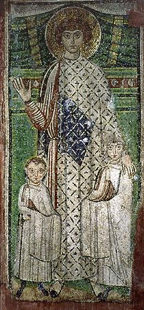St George as patron of two children. Mosaic, church of St Demetrios in Thessaloniki - Igreja de São Demétrio – Wikipédia, a enciclopédia livre