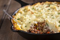 Irish Recipes, Side Recipes, Beef Recipes, Medium Recipe, Mash Recipe, Cottage Pie, Cottage Cheese, Best Casseroles, Cauliflower Cheese
