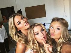 Martha Hunt, Stella Maxwell en Romee Strijd - Backstage bij de Victoria's Secret Angels in Rome - Nieuws - Fashion