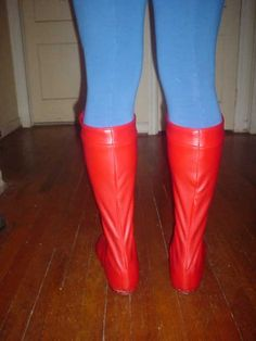 Excellent tutorial on DIY costume boots!