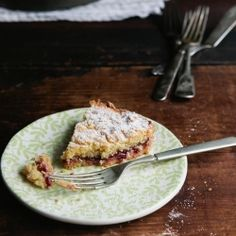 Grated Cake with Jam