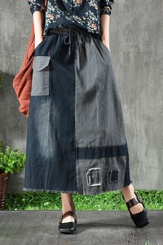 Jean Dress Outfits, Long Skirt Outfits, Summer Dress Outfits, Denim Outfit, Long Skirt Style, Denim Overalls, Modest Outfits, Long Skirt Fashion, Denim Fashion