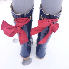Boots & bows