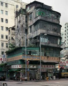 Hong Kong corner house- 'Architecture of Density', by Michael Wolf Wolf Photography, Street Photography, Travel Photography, House Photography, White Photography, Landscape Photography, Portrait Photography, Fashion Photography, Wedding Photography