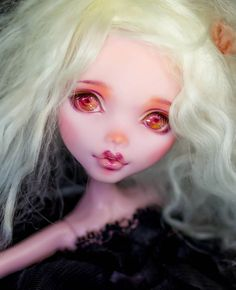 Monster High Custom Repaint by Moki