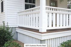 Modest widened front porch design you could try this out Front Porch Railings, Front Porch Design, Deck Railings, Deck Design, Porch Railing Designs, Aluminum Railings, Deck Railing Ideas Diy, Veranda Railing, Balcony Railing Design
