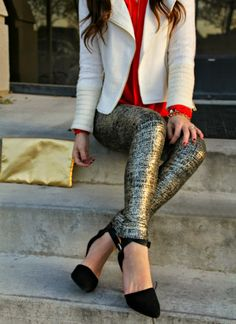 Kiss Me Darling: White Plum Giveaway Metallic leggings, holiday outfit, giveaway, gold clutch, white jacket, red blouse, black heels