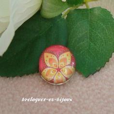 Bouton a pression 1.8 cm rond  motif  fleur jaune fond  orange