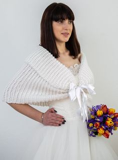 Searching for the perfect shawls or OnlyHandmadeNET offers various for winter wedding cape, wraps and winter shawls for bride and Shop now! Wedding Shawls, Wedding Shrug, Bridal Bolero, Wedding Dresses, Winter Wedding Cape, White Shawl, Bride Gowns, Brides And Bridesmaids, Lace Knitting
