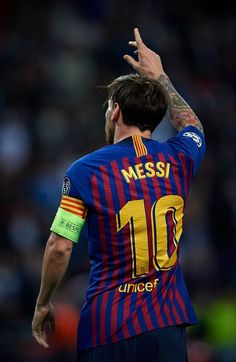 Lionel Messi of Barcelona celebrates after scoring a goal during the Group B match of the UEFA Champions League between Tottenham Hotspur and FC Barcelona at Wembley Stadium on October 2018 in. Get premium, high resolution news photos at Getty Images Messi 10, Good Soccer Players, Best Football Players, Uefa Champions League, Fc Barcelona Wallpapers, Lionel Messi Wallpapers, Barcelona Players, Messi Photos, Neymar