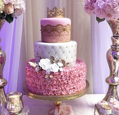 Best 9 Discover more about quinceanera party! Make sure that your big day more beautiful by coordinating every part of decoration. Vintage themes will help spice your quinceanera event look classy. Try pink peonies to spice things up. Quinceanera Planning, Quinceanera Cakes, Quinceanera Decorations, Quinceanera Ideas, 16 Birthday Cake, Sweet 16 Birthday, Birthday Parties, Sweet 16 Cakes, Cute Cakes