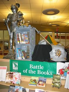 Battle of the Books Display at Iroquois Ridge Branch of the Oakville Public Library School Library Decor, School Library Displays, Middle School Libraries, Library Themes, Elementary School Library, Library Events, Middle School Reading, Library Books, Ar Reading