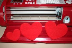 I did it!! Hearts from Felt with the Cricut!