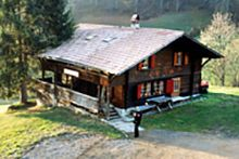 Gruppenhaus Schwendihütte - Habkern - Bern/BE - Berner Oberland - 15 chf Chf, Cabin, House Styles, Home Decor, Decoration Home, Room Decor, Cottage, Interior Decorating, Cottages