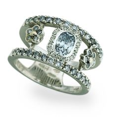 Blue and Champagne Diamond Vintage Rings YES!!!