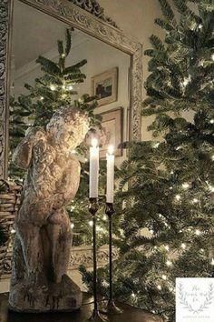 Diy Christmas Balls, French Christmas Decor, Farmhouse Christmas Decor, Country Farmhouse Decor, French Farmhouse, Christmas Home, Christmas Decorations, Holiday Decor, French Cottage