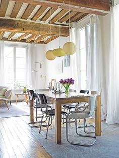 Tall with barstool instead of lower dining table Apartment // Vanessa Bruno   Le Registrie
