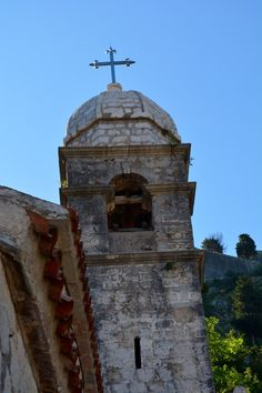 Chapel tower - read now all about our hike up the old Kotor city walls (Montenegro)