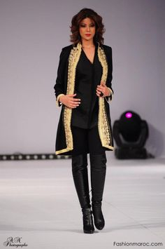 the moroccan caftan, modern. wear blonde hair up and messy. Oriental Fashion, Indian Fashion, Ethnic Fashion, Womens Fashion, Caftan Dress, Kaftan Abaya, Hijab Dress, Hijab Stile, Moroccan Caftan