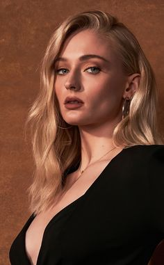 Beautiful, actress, Sophie Turner wallpaperYou can find Sophie turner and more on our Beautiful, actress, Sophie Turner wallpaper Maisie Williams Sophie Turner, Beautiful Celebrities, Beautiful Actresses, Beautiful Females, Hollywood Actresses, Actors & Actresses, Sophie Gray, Sophia Turner, Architecture Tattoo