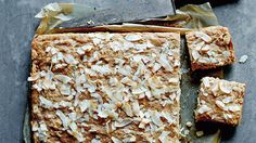 Sugar-free hummingbird cake | Quick cake recipes | SBS Food