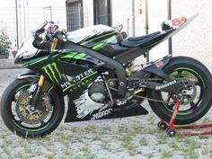 Yamaha R6 Monster by MOTOFFICINA « Samuxx Design