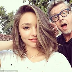 Miranda Kerr goes for dramatic chop with shortest ever hairstyle.: Miranda Kerr goes for dramatic chop with shortest ever… Miranda Kerr Haircut, Miranda Kerr Short Hair, Cabelo Miranda Kerr, Celebrity Hairstyles, Cool Hairstyles, Lob Haircut, Midi Haircut, Haircut Short, Cut Her Hair