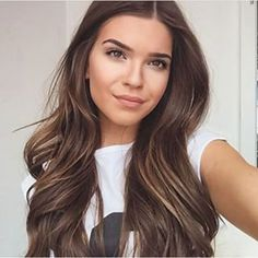 Hair color Balayage of course - New Hair Cut Brown Hair Colors, Hair Colour, Level 5 Hair Color, Hair Color For Morena Skin, Color Castaño, Great Hair, Balayage Hair, Balayage Color, Subtle Balayage Brunette