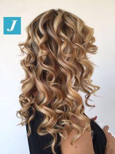 Degradé Joelle's fall. #cdj #degradejoelle #tagliopuntearia #degradé #igers #musthave #hair #hairstyle #haircolour #longhair #ootd #hairfashion #madeinitaly #wellastudionyc
