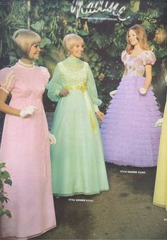 Formals---oh my gosh! the purple formal is very similar to my senior prom dress except mine was white! Vintage Prom, Vintage Mode, 1960s Fashion, Teen Fashion, Vintage Fashion, Fashion Outfits, Vintage Outfits, Vintage Dresses, Ugly Dresses