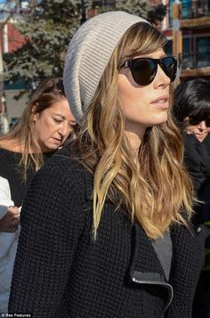 American woman: Jessica looked effortlessly cool with her sunglasses and chic beenie on