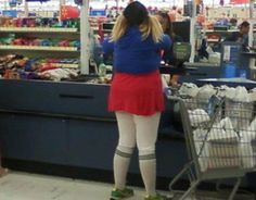 People of Walmart Part 5 - Pics 14 People Of Walmart, Stupid People, Darwin Awards, Funny People Pictures, Walmart Photos, People Shopping, The Martian, Britney Spears, Cheer Skirts