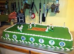 Cricket Birthday Cake, Cricket Theme Cake, Sports Themed Cakes, Birthday Ideas, Birthday Parties, Party Themes, Party Ideas, Valentine Cake, Decorating Cakes