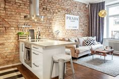 Small Stylish Apartment That Looks Warm Cozy And Inviting Incorporating exposed brick walls into any interior design scheme requires a sensitive taste to natural elements and how they effect the décor of a home's interior. With this domicile, the… Small Apartment Living, Small Apartment Decorating, Small Apartments, Small Living, Small Spaces, Cozy Apartment, Cozy Living, Living Rooms, Retro Apartment
