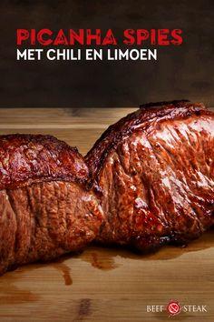 4 personen - 25 minuten - Picanha zoals ze in Zuid-Amerika vaak maken. Hou rekening met 2-6 uur marineren. #recipe #picanha #steak Beef Steak, Steaks, Chili, Meat, Food, Beef Steaks, Meal, Chile, Chilis