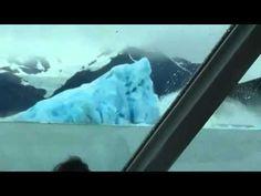 El nacimiento de un iceberg  Estas imágenes han sido captadas casualmente por un turista mientras visitaba el glaciar Upsala situado en el Parque Nacional de los Glaciares (Argentina).   Cuando se desprende un bloque de hielo del glaciar, el nuevo iceberg debe de encontrar su punto de equilibrio. El de las imágenes necesitó girar completamente hasta encontrar su posición correcta.