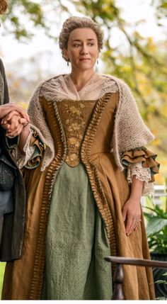 Aunt Jocasta Claire Fraser, Jamie And Claire, Jamie Fraser, Outlander Clothing, Outlander Costumes, Outlander Quotes, Outlander Series, Gabaldon Outlander, Movie Costumes